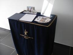 Pano Mesa Assinaturas em veludo bordado