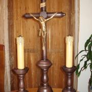 Casticais de Altar com Crucifixo